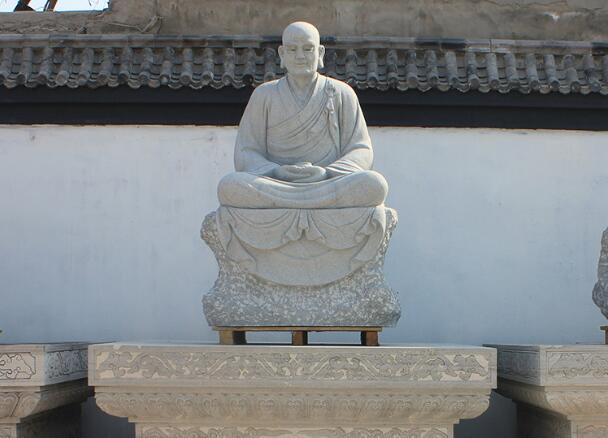 十八罗汉石像_雷音尊者(图片)