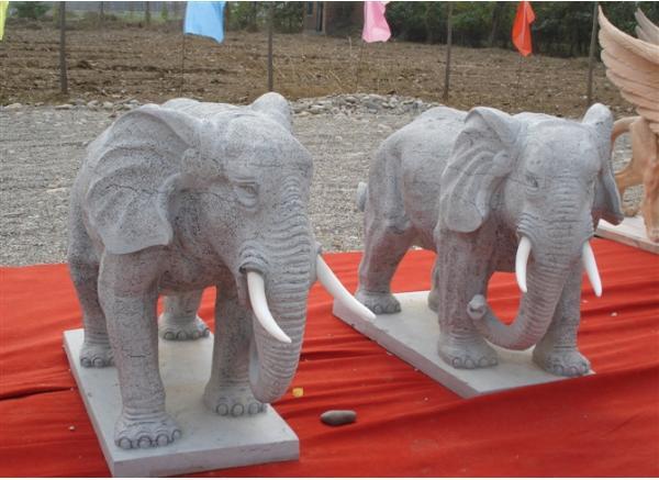石象_大象石雕塑(图片)