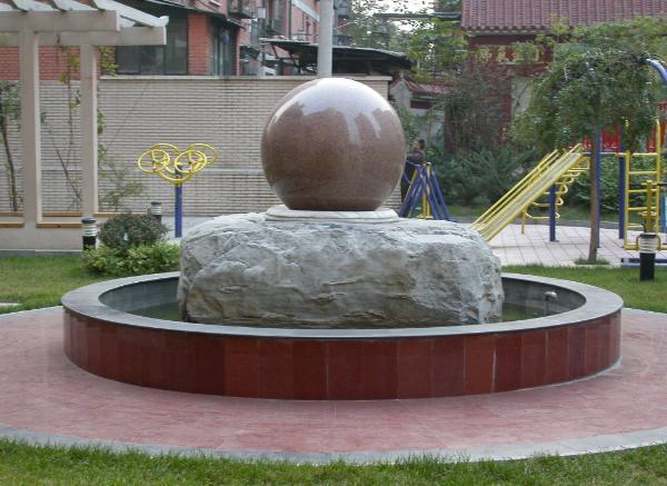 风水球雕刻_保护地球(图片)