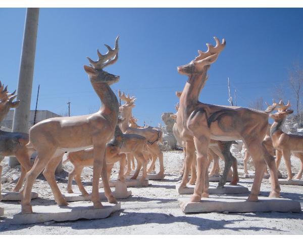 石鹿工艺品厂家_白色石雕鹿(图片)