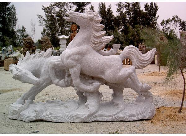 雕刻马_马踏飞燕(图片)