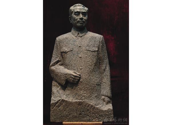 周恩来雕像价格_周总理雕塑(图片)